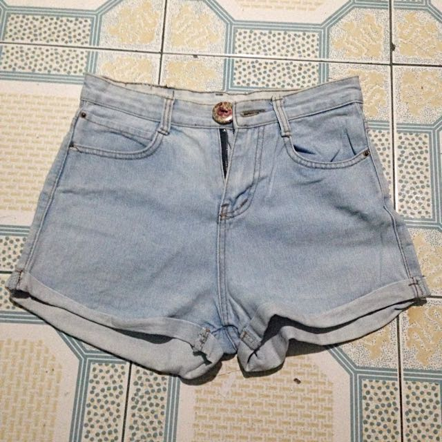 Higwaisted Shorts