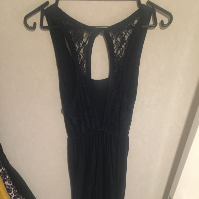 Hollister Size Small Maxi Dress With Back Detail