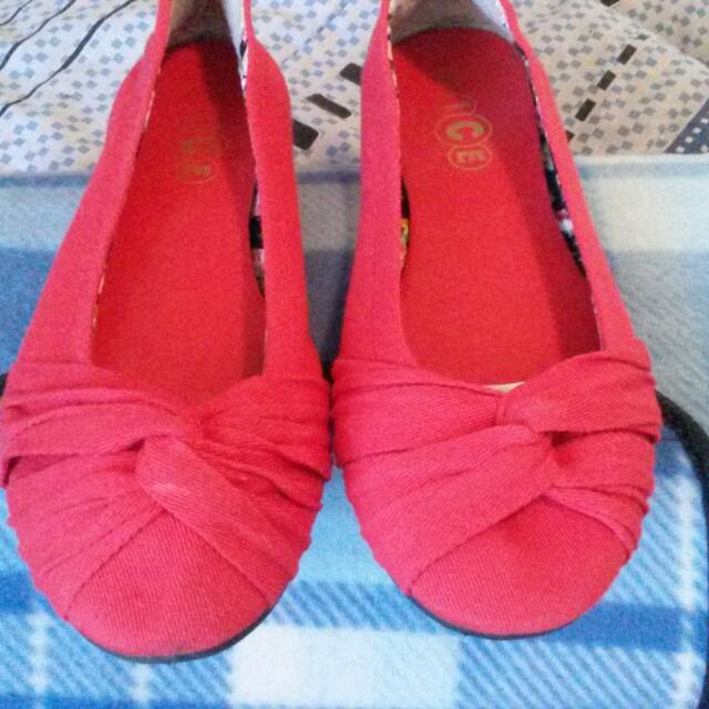 Red Ballet Flats Size 10