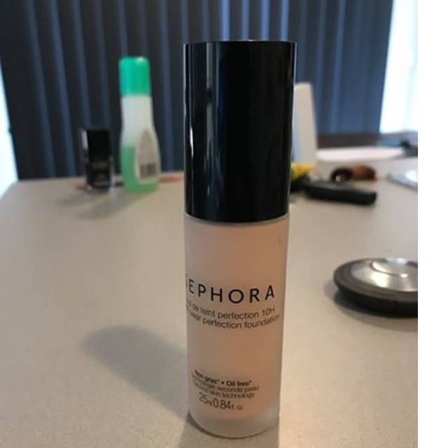 SEPHORA collection foundation shade 10, clair, light