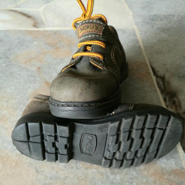 834c09268247 SKOfus Boots For Kids