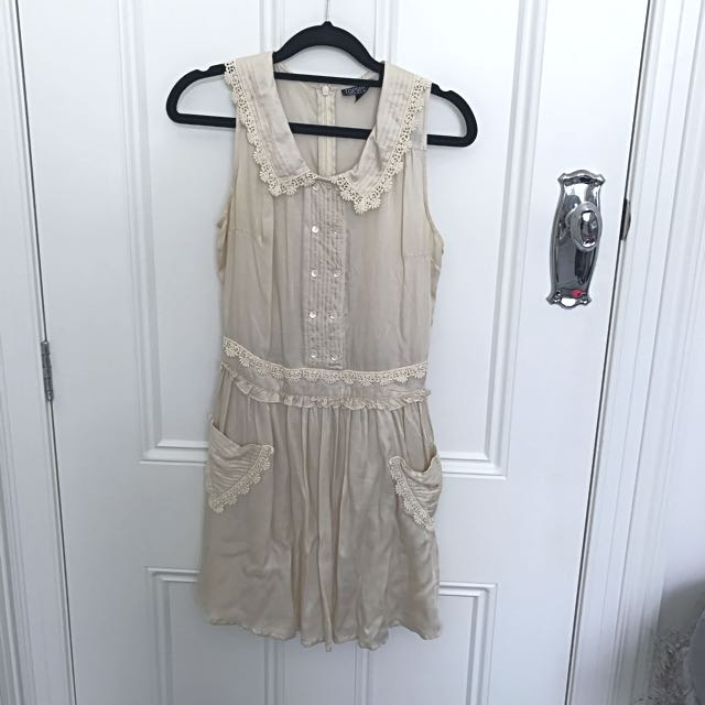 Topshop Champagne daisy Dress