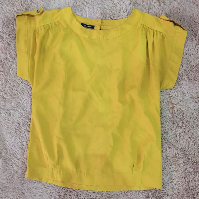YELLOW BLOUS (code: BB)