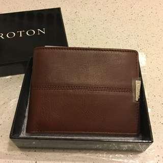 Brand New Men's Oroton Wallet