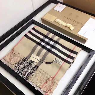 Burberry Signature Checkered Scarf