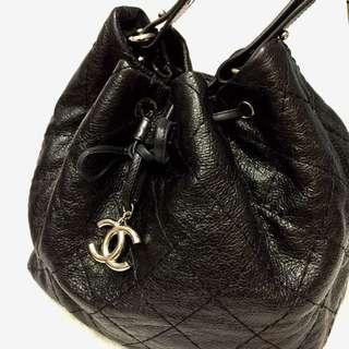 Chanel 牛皮水桶包