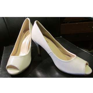 Cream Court Heels size 35
