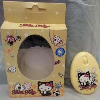 Sanrio Hello Kitty 暖蛋