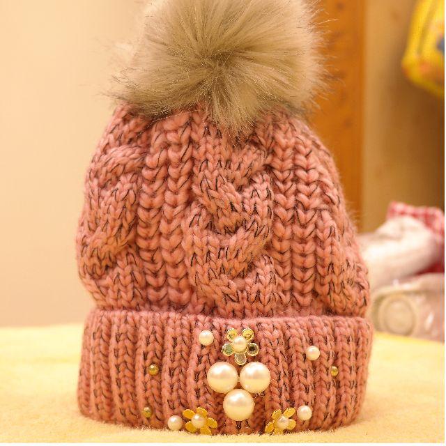 毛帽全新只有一頂199$材質超好外面390$這是批貨才拿的到的價位喔!