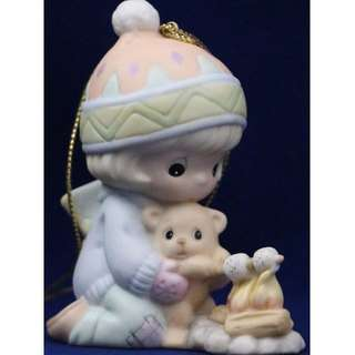 MIB Precious Moments Ornaments YOUR LOVE KEEPS ME TOASTY WARM, 795577