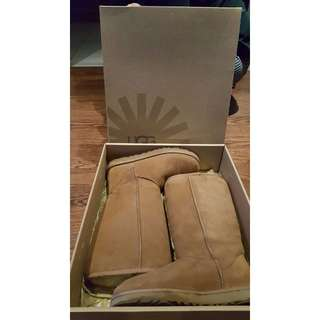 New - UGG Classic Tall II Sheepskin and Suede Boots – Women Size 8