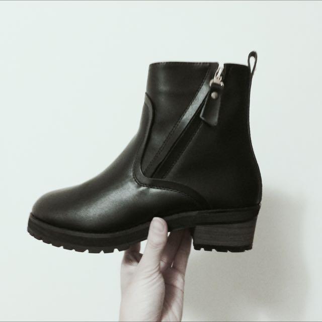 全新秋冬歐美真皮內裡加絨粗跟靴子短靴馬丁靴