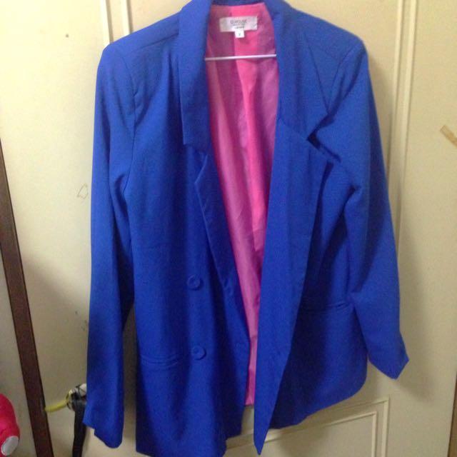 寶藍撞色西裝外套
