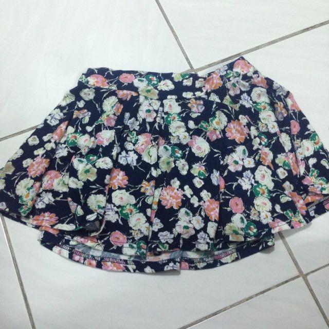 黑色花朵棉質短裙