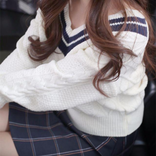 【Alice Shop 愛麗絲】冬季新款 韓版milkcocoa小清新學院風V領大氣麻花拼色長袖毛衣【pg57731】預購