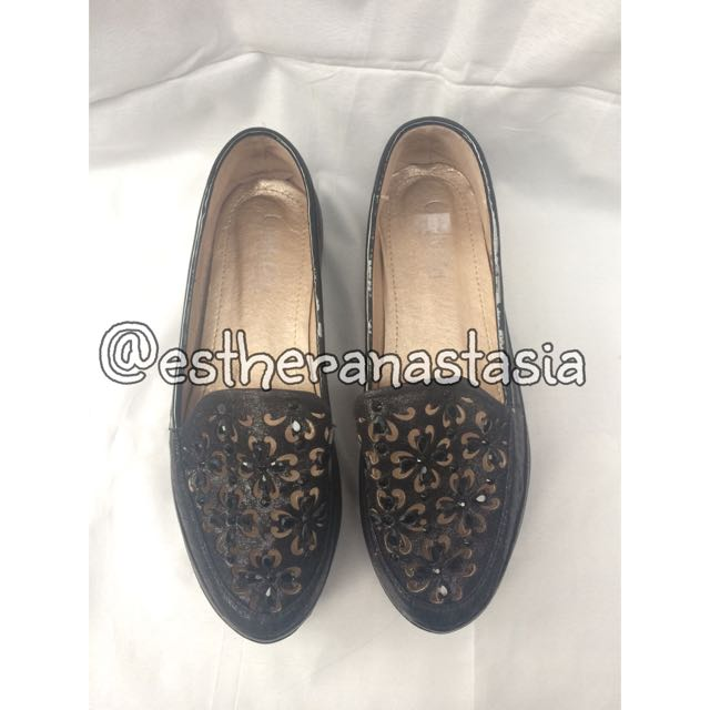 CANDY GIRL BLACK FLAT SHOES