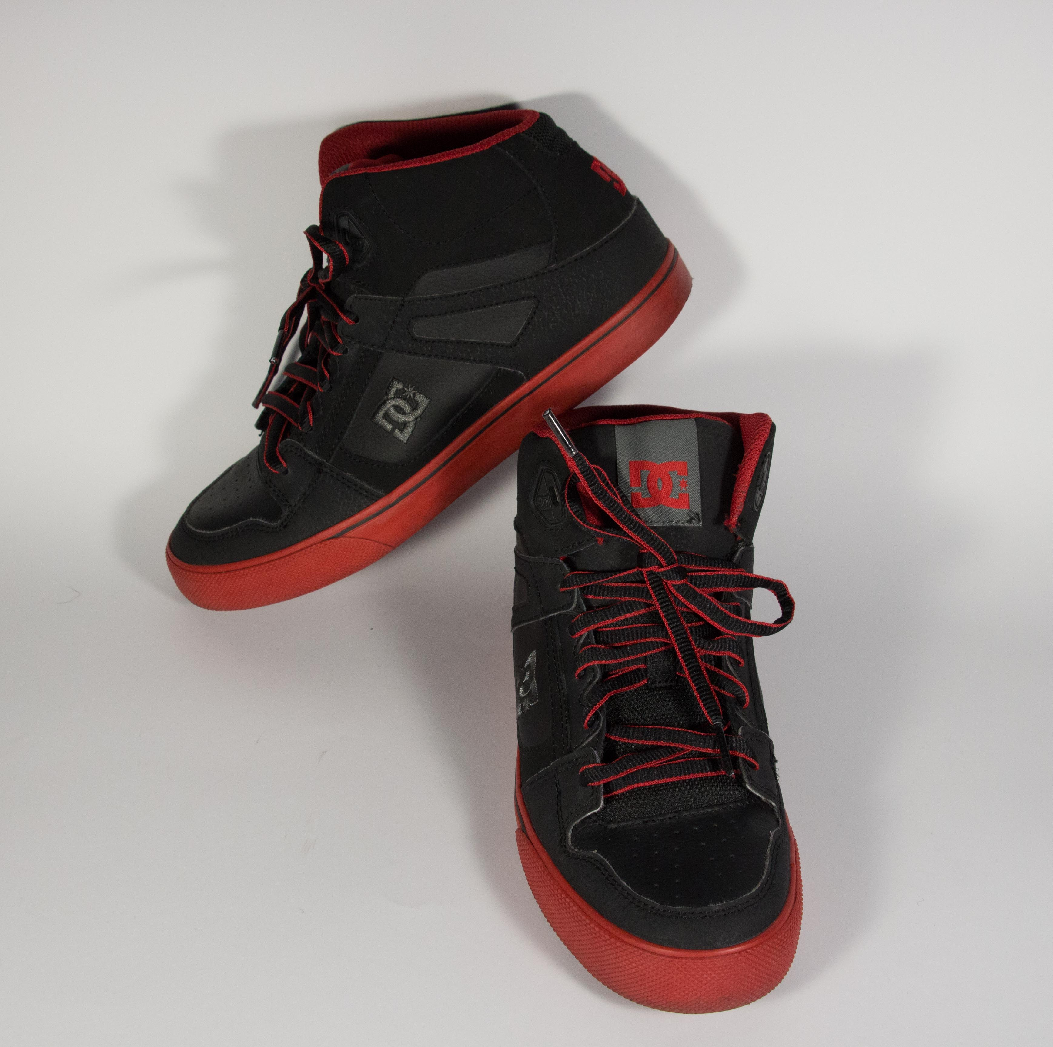DC Sheos Spartan High Youth (Red)