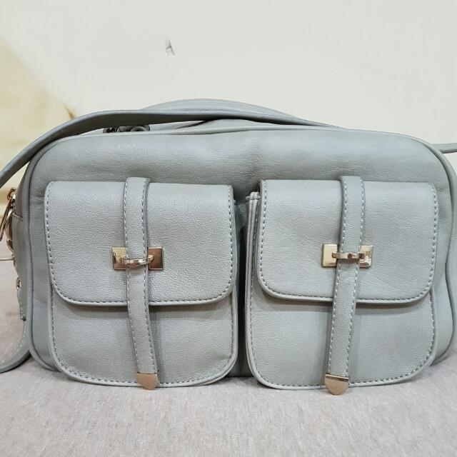 FOREVER 21 Small shoulder Bag