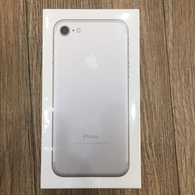 iPhone 7 128G 銀色