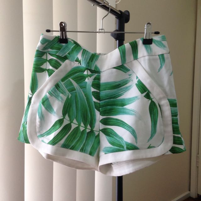Leaf Shorts