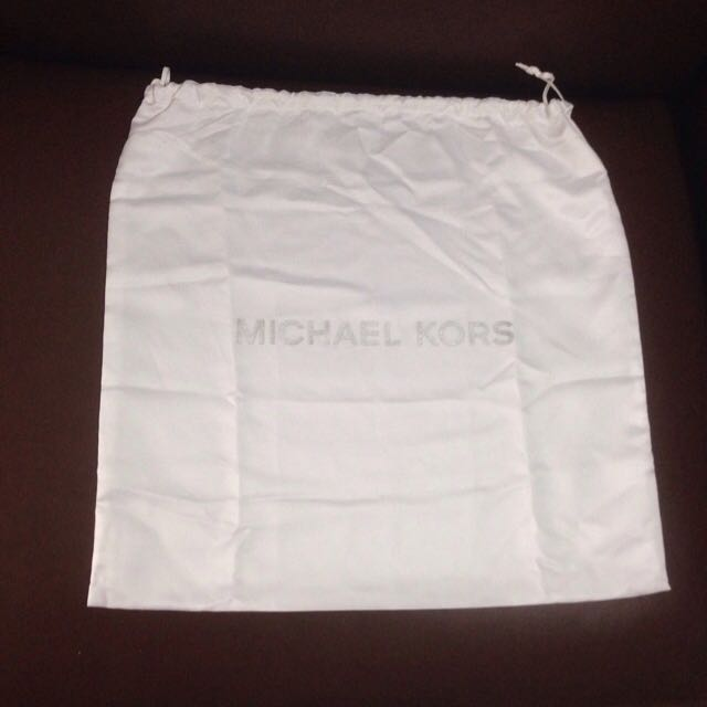 d87d2c2e6450 Michael Kors Original Dustbag Authentic Dust Bag Ori, Luxury, Bags &  Wallets on Carousell