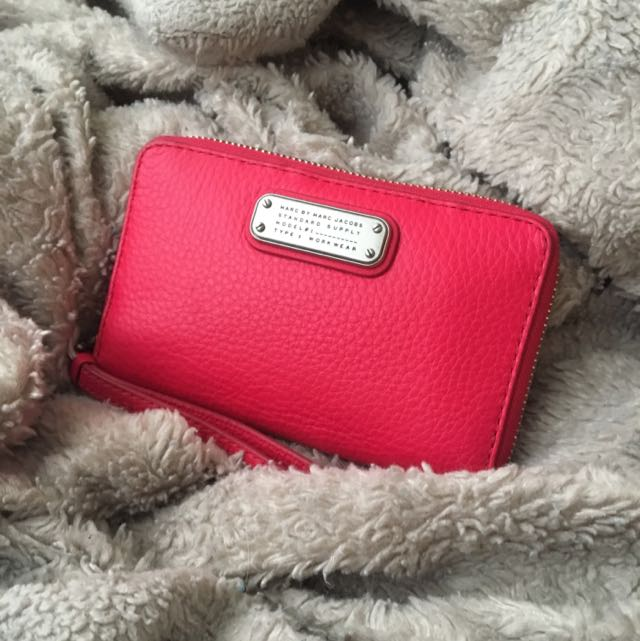 MINT CONDITION MARC JACOBS WALLET