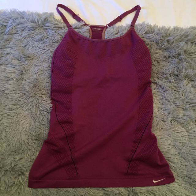 Nike Active Wear Exercise Top / Singlet