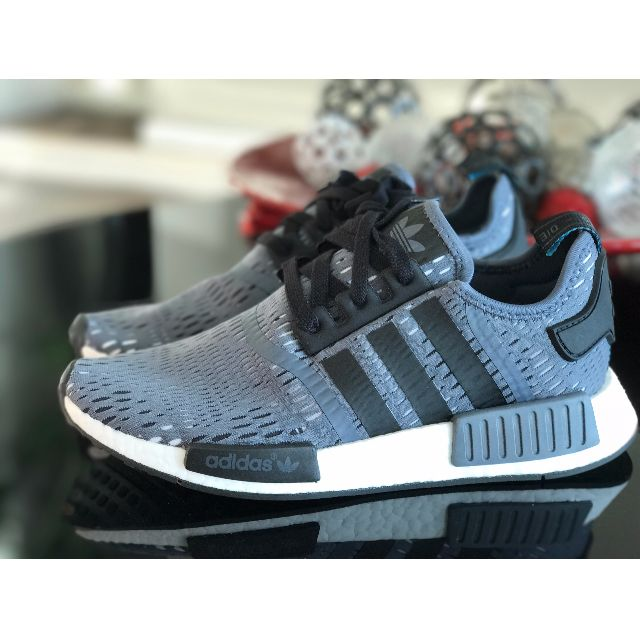 NMD R1 Onix-core black CAMO GREY