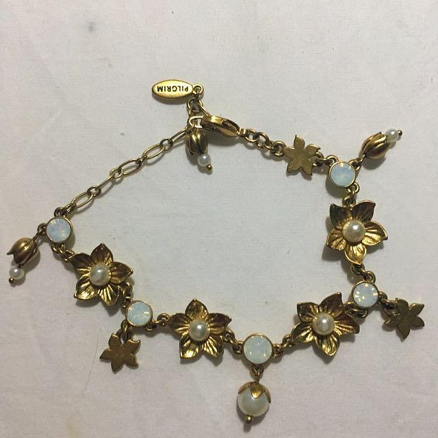 Pilgrim Flower Pearl Gemstone Bracelet