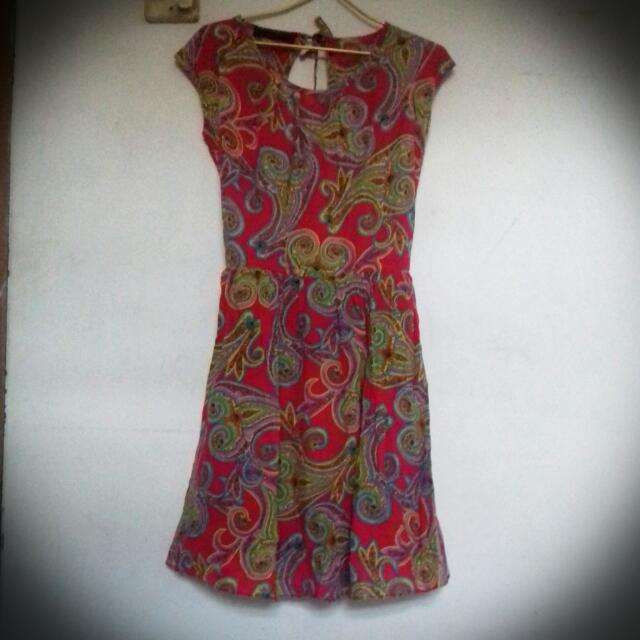 Preloved Dress Etnik