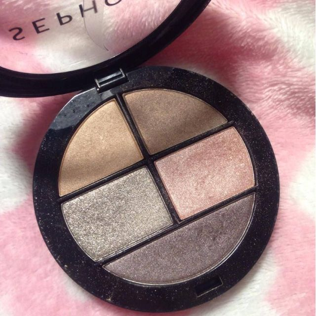 """Sephora 4 Shadows and Liner Palette in """"Not That Shy"""""""