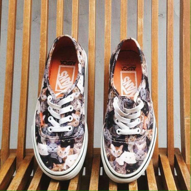 VANS ASPCA AUTHENTIC