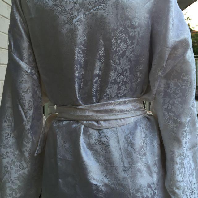 Vintage White Dragon Print Satin Robe / Unisex
