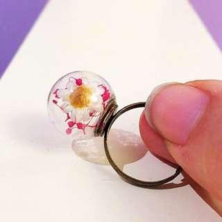 Universal Flower Globe Ring
