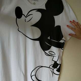 BRAND NEW CUTE DISNEY MICKEY MOUSE T SHIRT