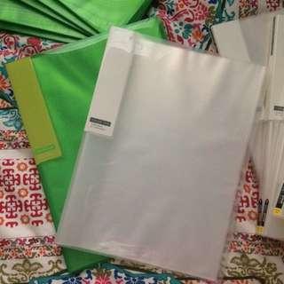 Colour Tag 20 Pocket Folder