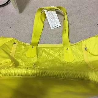 lululemon sports bag