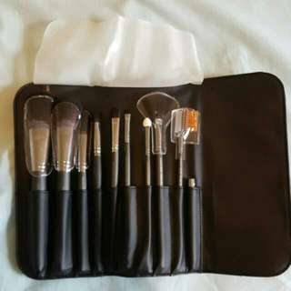 Authentic Arbonne Make Up Brushes
