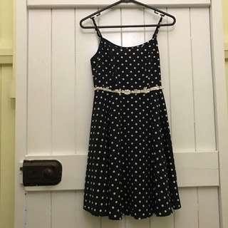 Size 6 Cute Dress