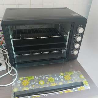 Morries Electric Oven ..MS450E0V .45litre  Seldom Use .