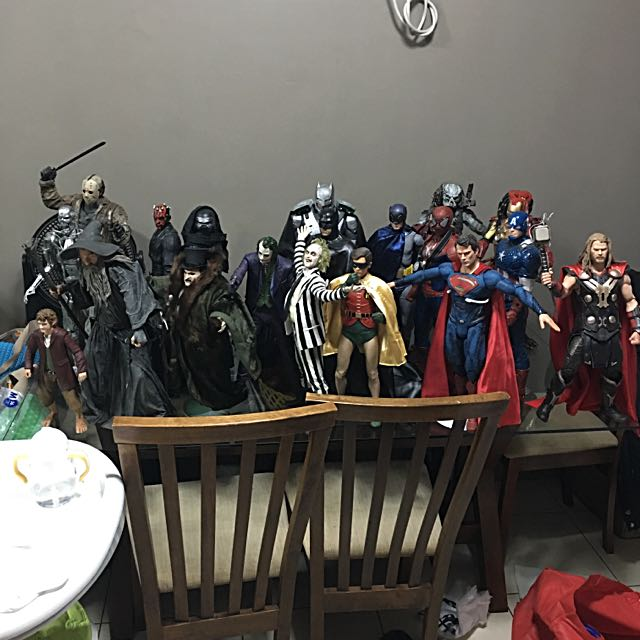 1/4 Scale Collection