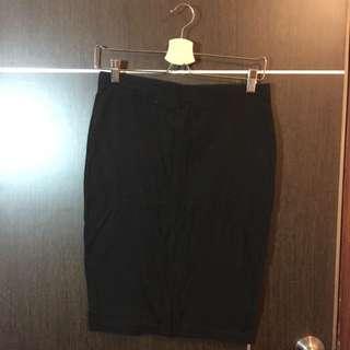 GAP 黑色棉料包裙