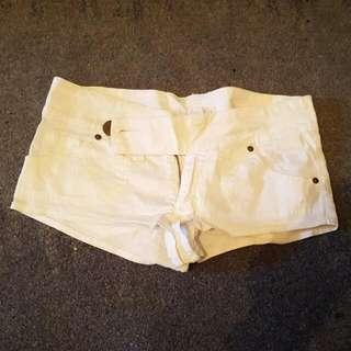 Sexy White Zara Hotpants Short Size 6 - 8