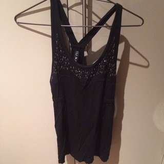 Lorna Jane Detailed Singlet Xs