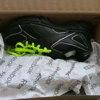 *BRAND NEW* Reebok Black Shoes