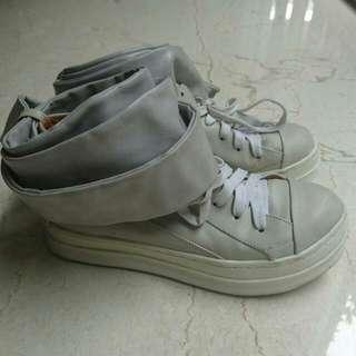 Grey Leather Sneaker