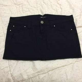 NET 黑短裙