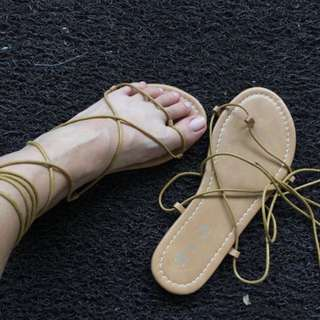 Lace Up Sandals Brown