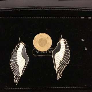 黑白翅膀大耳環