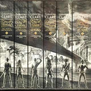 Mortal Instruments Boxed Set